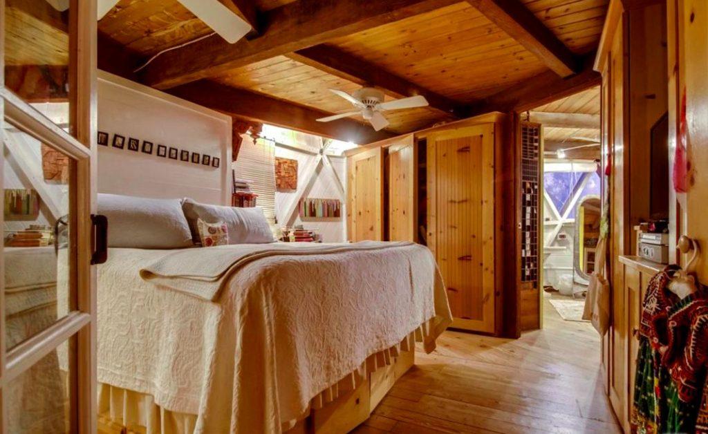 Dome house topanga canyon bedroom