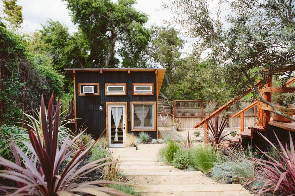 tiny house in topanga