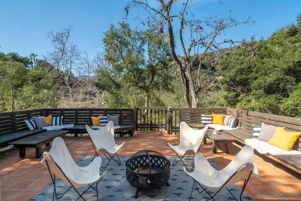 outdoor patio deck modern chairs fire pit