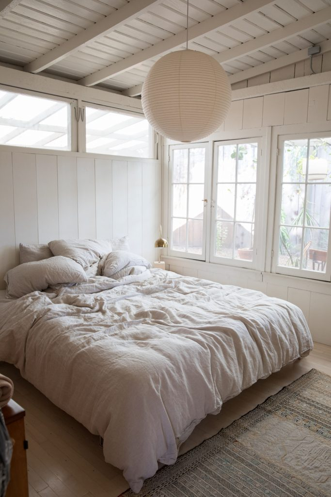 White bedroom soft rustic