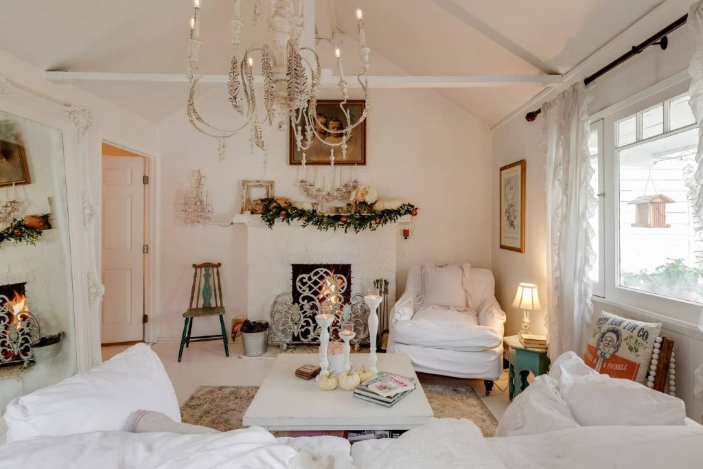shabby chic romantic white living room