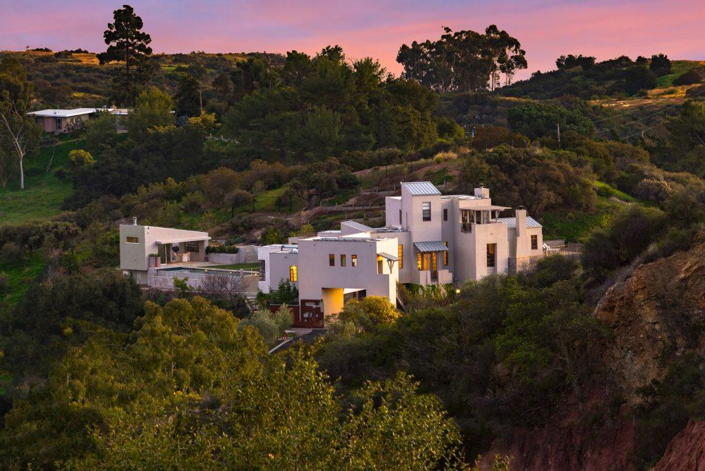 modern house topanga hills
