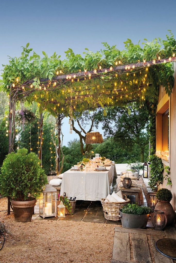 outdoor dining lights