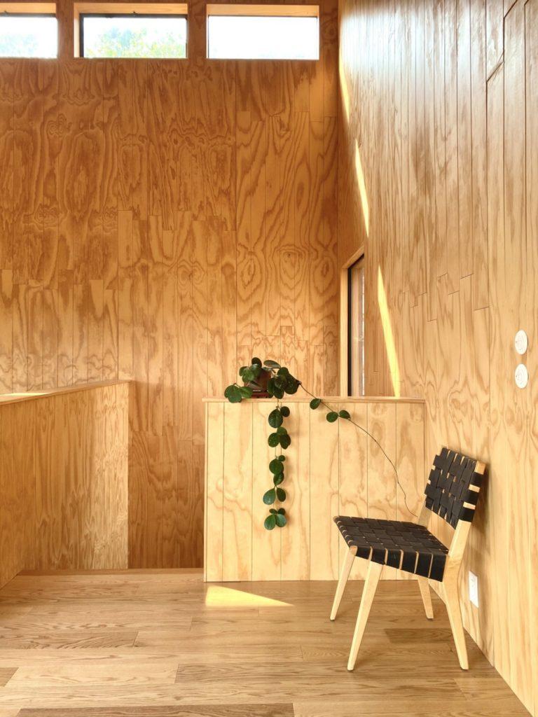 wood walls modern chair
