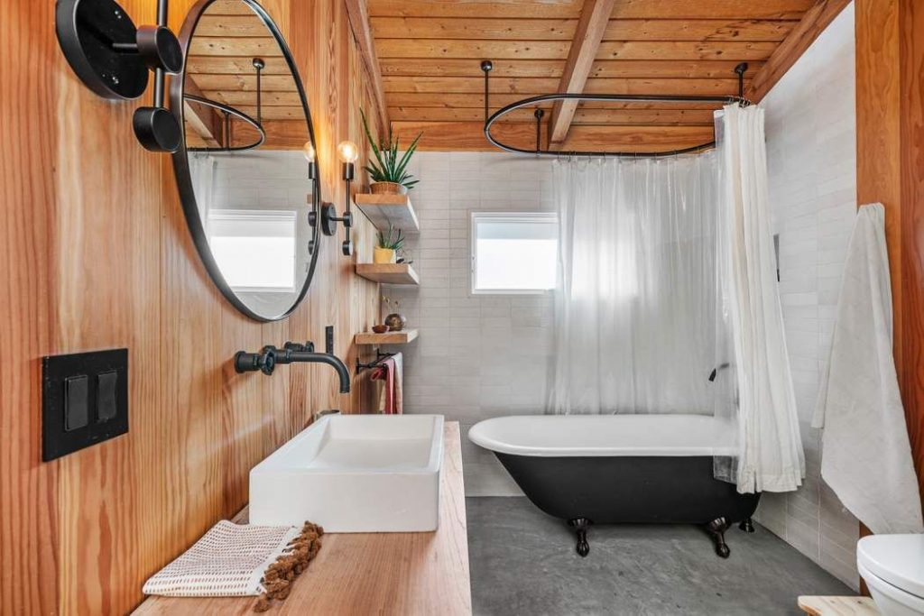 modern rustic Topanga Canyon home bathroom
